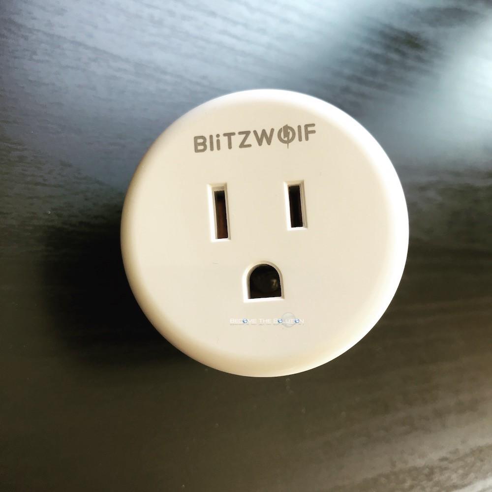 Blitzwolf bw shp1 smart plug front